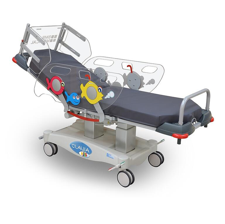 CLAVIA KIDS elektrisch verstellbarer Behandlungssessel für ambulante Pflege von Kindern. Seitensicherung mit bunten Fischen bemalt